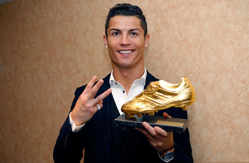 922-cristiano-ronaldo-hat-trick-of-golden-boots