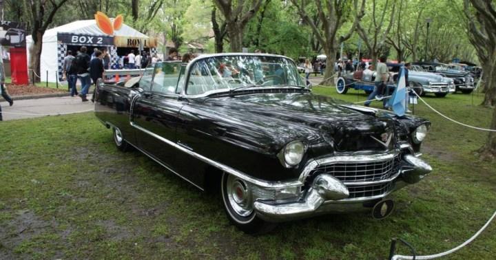 Andar em Cadillac. Macri quis mas não levou