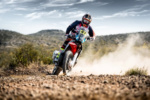 Rider_Kevin_Benavidez_04