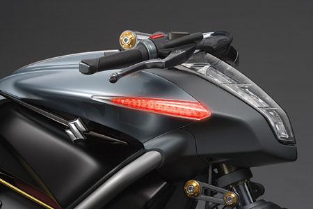 suzuki-crosscage-hybrid-motorcycle-concept3