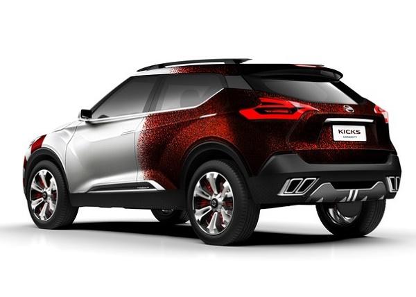Nissan_CARNIVAL_REAR_VIEW_R