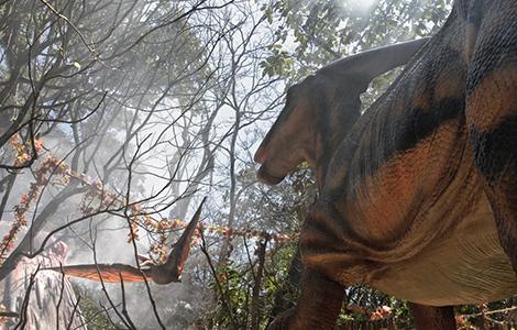 Dinossauros fazem parte da paisagem do Zoológico. Foto: Divulgação.