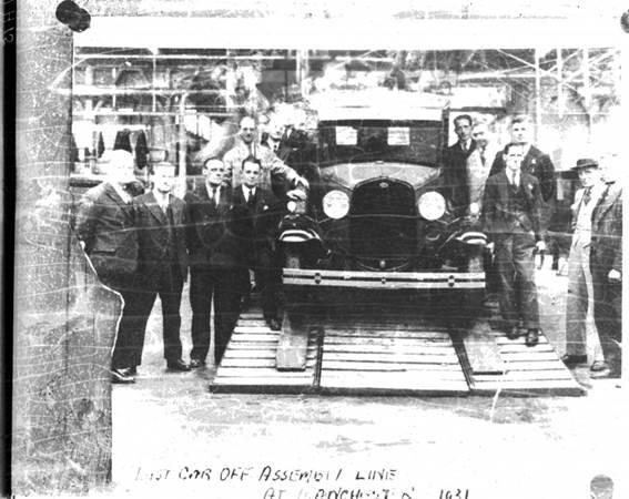 6. Último Ford Modelo A deixa a linha de montagem em Trafford Park, Manchester, a primeira da Ford fora dos Estados Unidos.