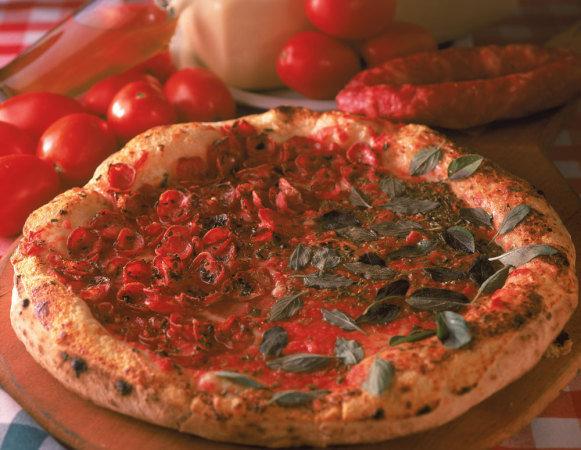 casteloes-pizza-mario-rodrigues