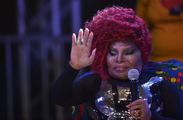 A cantora Elza Soares, faz show na abertura da oitava edição do Festival Latinidades, maior festival de mulheres negras da América Latina (Marcello Casal Jr/Agência Brasil)