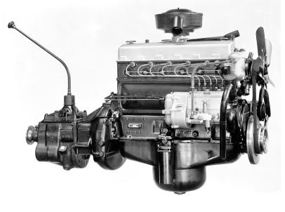 """Motor OM-312 do Caminhão """"Torpedo"""" L-312."""