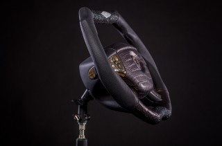 worlds-most-expensive-steering-wheel-from-dartz-prombron-black-alligator_100578514_s