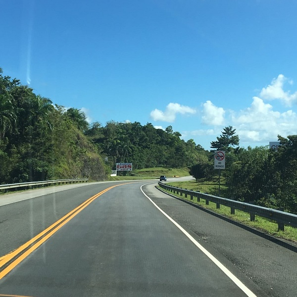 Estradas turísticas são novas, limpas, sinalizadas